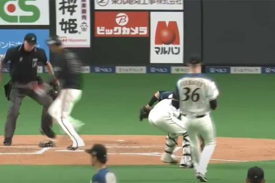 快足を飛ばしたロッテ・和田康士朗はスライディングせずに生還した【画像:パーソル パ・リーグTV】