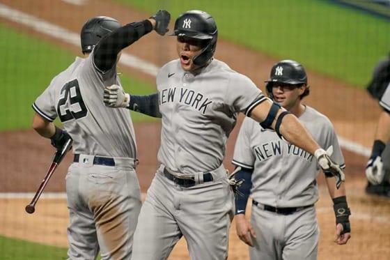 9回に満塁弾を放ったヤンキースのジャンカルロ・スタントン【写真:AP】