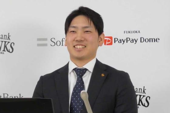 会見に臨んだソフトバンク・石川柊太【写真:代表撮影】