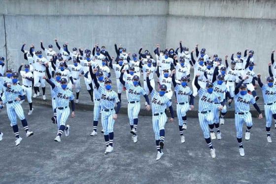 第93回選抜高校野球大会の出場校に選出された東海大菅生の選手たち【写真:荒川祐史】
