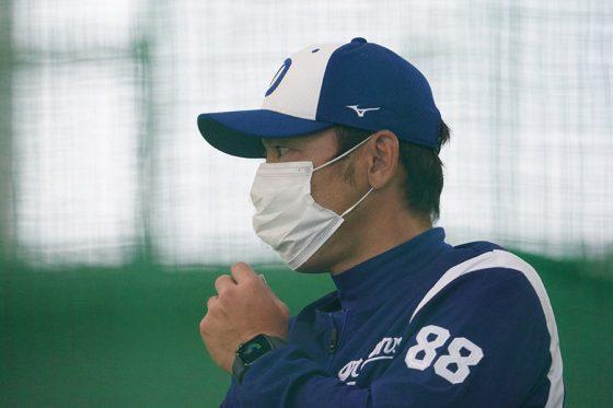 中日・荒木雅博1軍内野守備走塁コーチ【写真:荒川祐史】