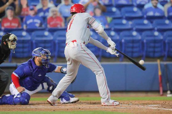 Photo of 大谷翔平、右手1本で右翼フェンス直撃の3点二塁打! 第2打席で快音、3試合連続安打   Full-Count