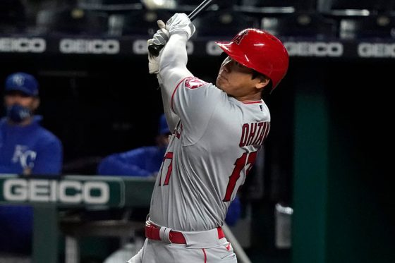 5回の第3打席で4号本塁打を放ったエンゼルス・大谷翔平【写真:Getty Images】