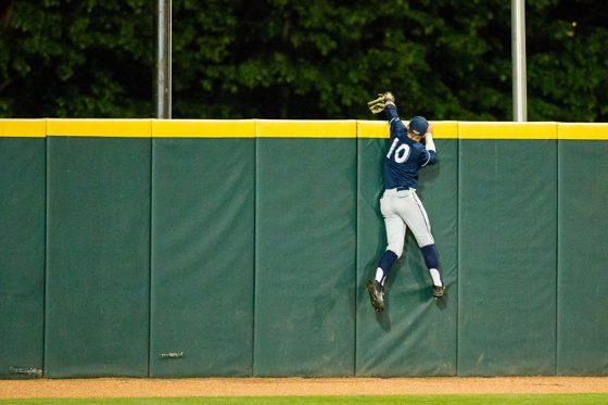 フェンスを突き破った大学生が話題に(写真はイメージ)【写真:Getty Images】