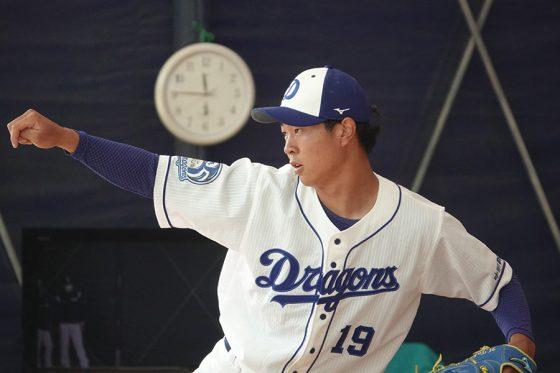 中日・高橋宏斗【写真:小西亮】
