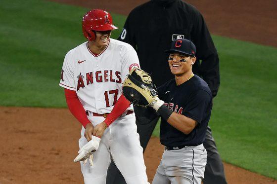「2番・指名打者」で先発出場したエンゼルス・大谷翔平(左)【写真:Getty Images】
