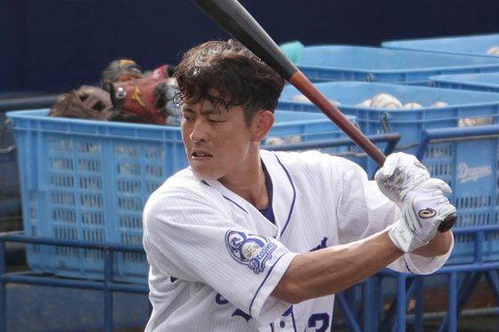 中日・遠藤一星【写真:小西亮】