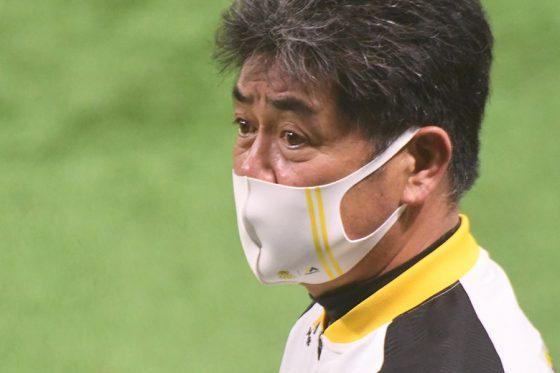 鷹、福岡県内の医療従事者に「鷹の祭典」ユニ15万着を贈呈 工藤監督「尊敬と感謝」