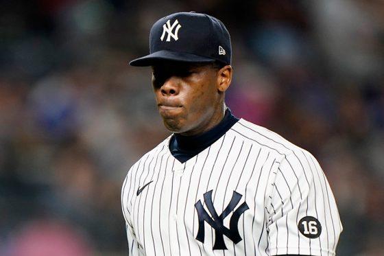 降板するヤンキースのアロルディス・チャップマン【写真:AP】