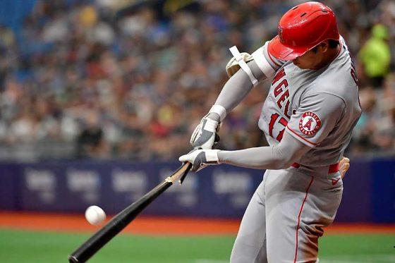バットが折れながらも適時二塁打を放ったエンゼルス・大谷翔平【写真:Getty Images】