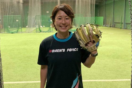 野球メーカー「フィールドフォース」の小林夏希さん【写真:川村虎大】