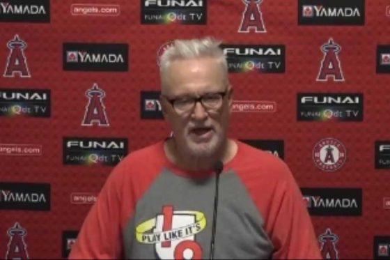 会見に臨んだエンゼルスのジョー・マドン監督(画像はスクリーンショット)