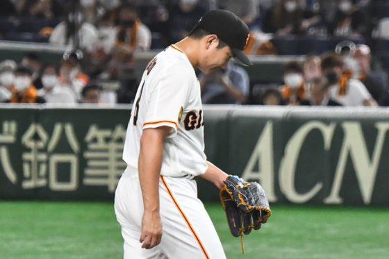 1日の試合で3回途中4失点でKOされていた巨人・菅野智之【写真:中戸川知世】