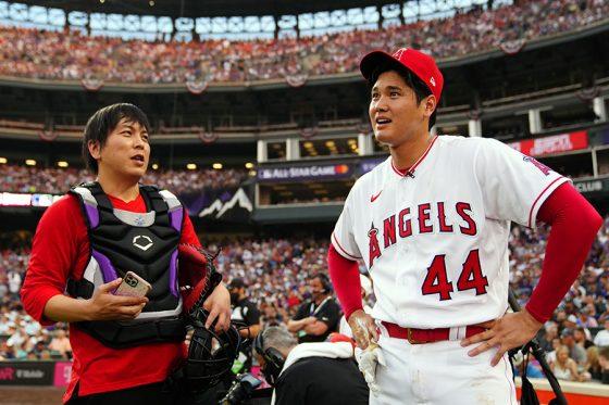 ホームランダービーに出場したエンゼルス・大谷翔平(右)と水原一平通訳【写真:Getty Images】