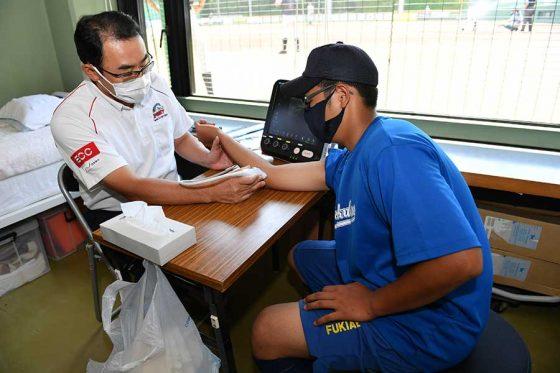 ポニー全日本選手権で肩肘検診室が開設された【写真:小林靖】
