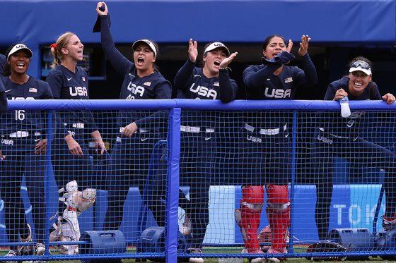サヨナラ勝ちしたソフトボール米国代表【写真:Getty Images】