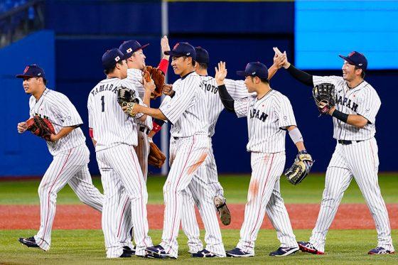 日本代表が韓国代表を5-2で下し決勝進出を決めた【写真:AP】