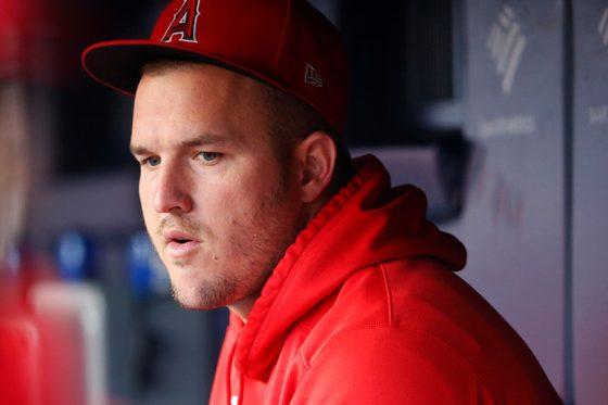 チームに帯同しているエンゼルスのマイク・トラウト【写真:AP】