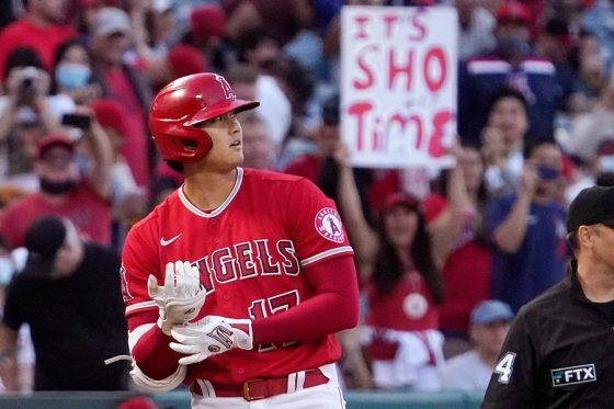右翼線適時三塁打を放ったエンゼルス・大谷翔平【写真:AP】