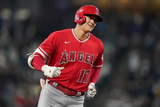 先頭打者本塁打を放ったエンゼルス・大谷翔平【写真:AP】