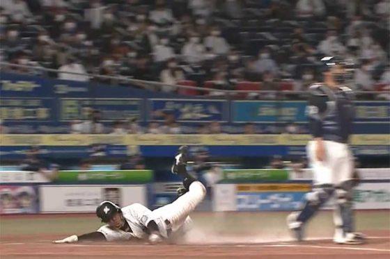 好走塁を見せたロッテ・岡大海【画像:パーソル パ・リーグTV】