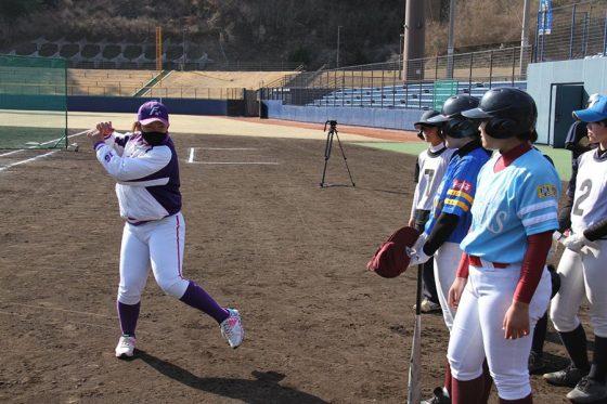 徳島県阿南市で女子野球の普及振興に携わる龍田美咲さん【写真:本人提供】